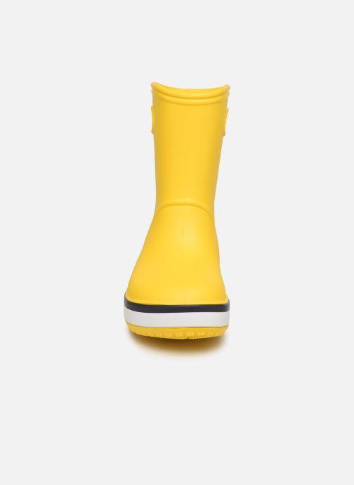 Stivali Crocs Crocband Rain Boot K Giallo modello indossato