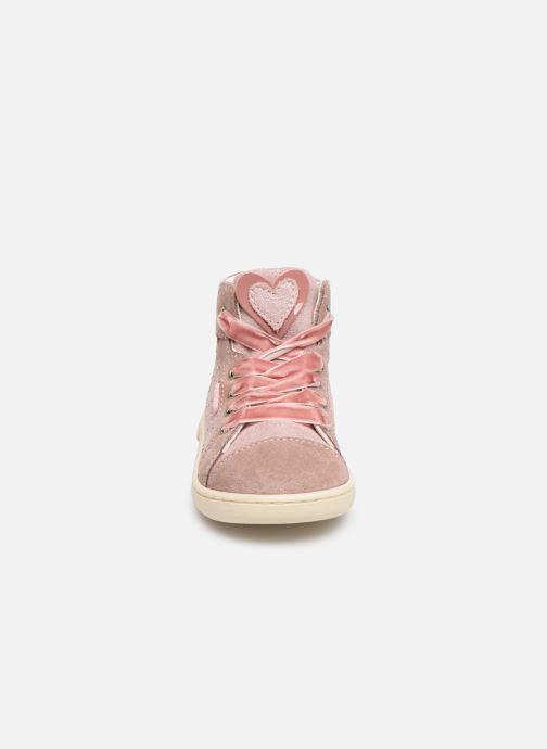 Sneakers Primigi PLK 44045 Rosa modello indossato