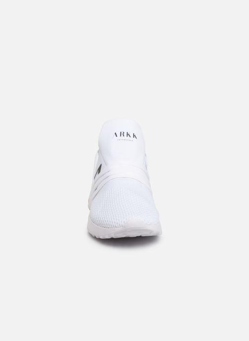 Baskets ARKK COPENHAGEN Raven FG 2.0 M Blanc vue portées chaussures