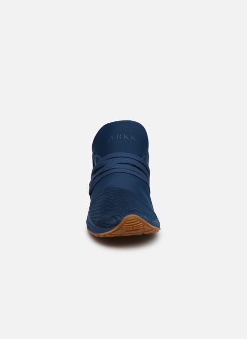 Baskets ARKK COPENHAGEN Raven Mesh M Bleu vue portées chaussures