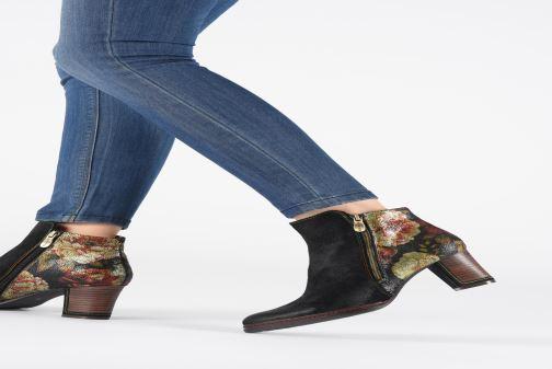 Bottines et boots Laura Vita Angela 14 Noir vue bas / vue portée sac
