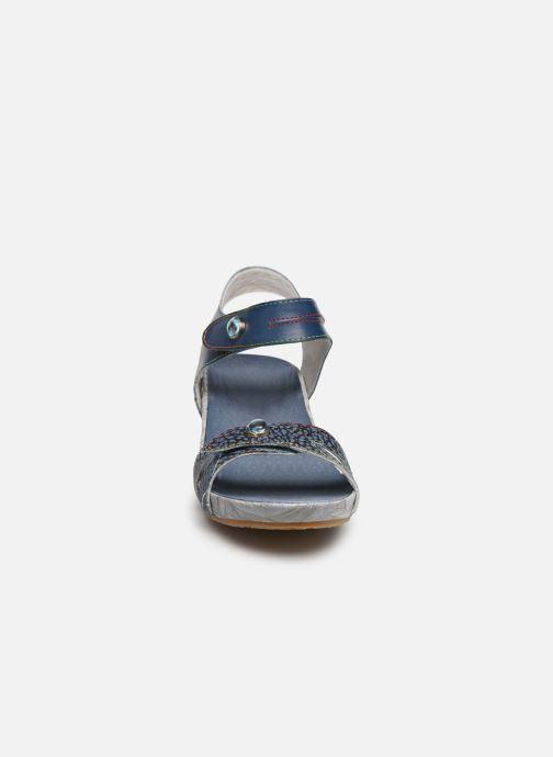 Sandali e scarpe aperte Laura Vita Beclindao 0291 Azzurro modello indossato