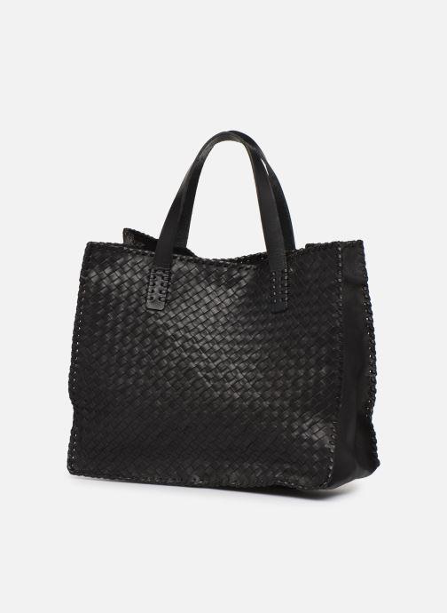 Sacs à main Dragon Diffusion INTERLACED POLO BOX SMALL Noir vue portées chaussures