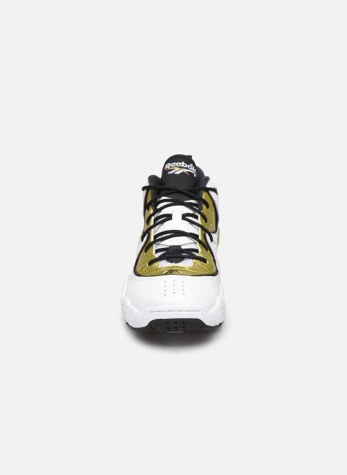 Baskets Reebok Avant Guard Blanc vue portées chaussures
