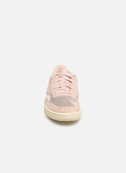 Baskets Reebok Club C Revenge W Rose vue portées chaussures