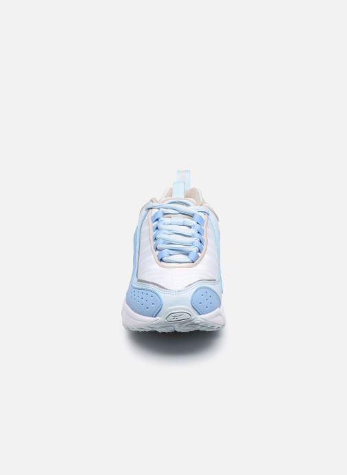 Sneaker Reebok Daytona Dmx II weiß schuhe getragen