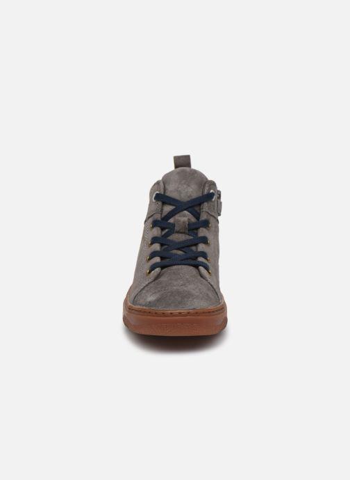 Baskets Camper Kido K900189 Gris vue portées chaussures