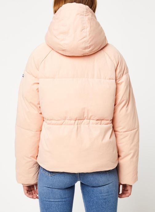 Vêtements Tommy Jeans TJW TOMMY DETAIL PUFFA JACKET HOOD Rose vue portées chaussures