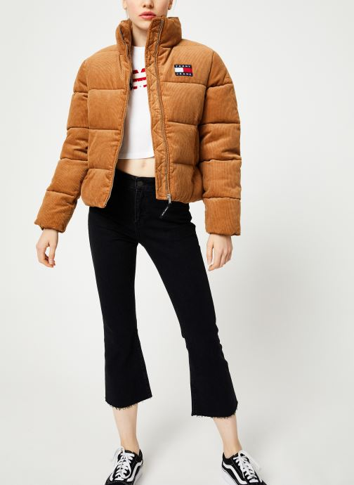 Vêtements Tommy Jeans TJW CORD PUFFA JACKET Marron vue bas / vue portée sac