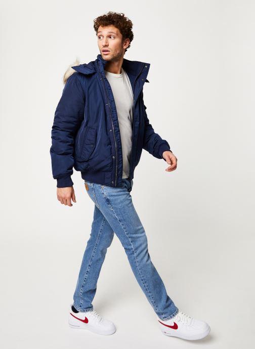 Vêtements Tommy Jeans TJM TECH JACKET Noir vue bas / vue portée sac