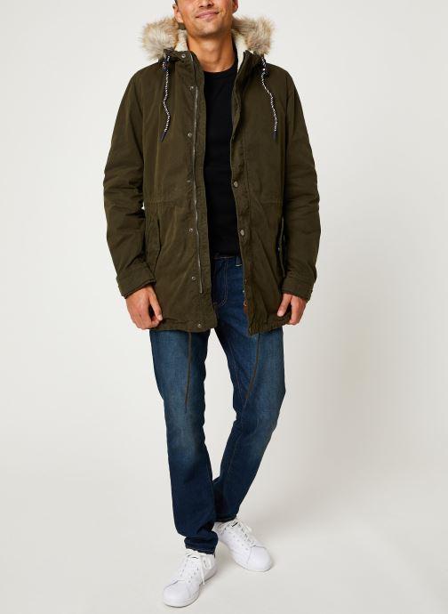 Vêtements Tommy Jeans TJM COTTON LINED PARKA Vert vue bas / vue portée sac