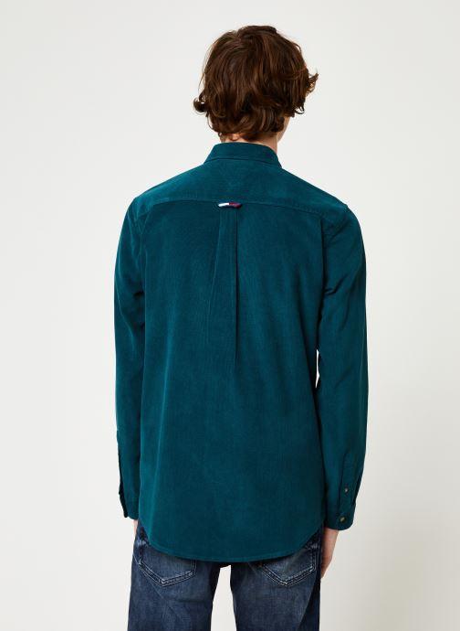 Vêtements Tommy Jeans TJM CORD SHIRT Bleu vue portées chaussures