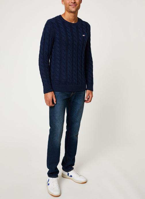 Tøj Tommy Jeans TJM ESSENTIAL CABLE SWEATER Blå se forneden