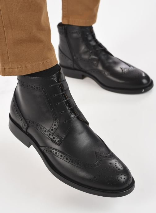 Ankle boots Marvin&co Nello Black view from underneath / model view