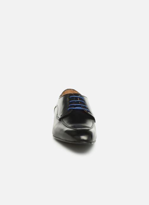 Zapatos con cordones Marvin&Co Nunzio Negro vista del modelo