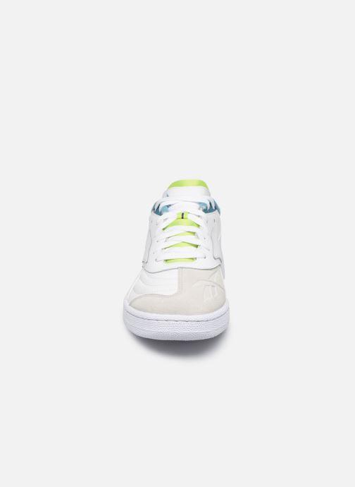 Sneakers Reebok Club C Ati 3.0 Bianco modello indossato