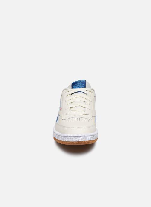Baskets Reebok Club C Revenge Blanc vue portées chaussures