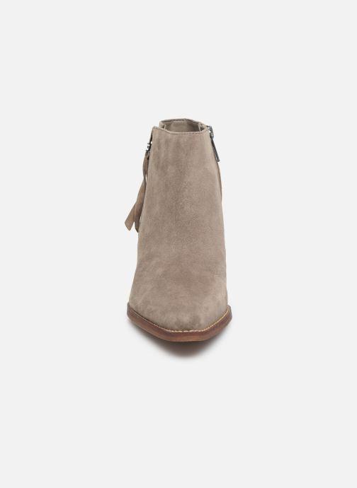 Bottines et boots Sam Edelman Walden Gris vue portées chaussures