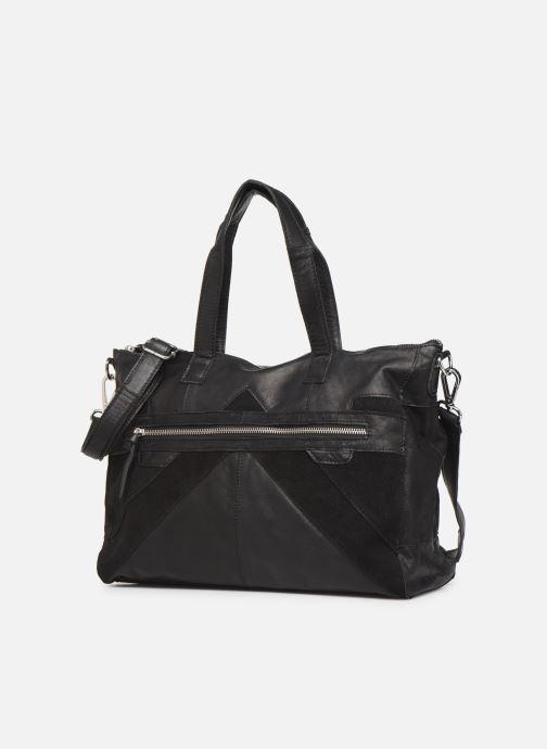 Borse Pieces Ingrid leather daily bag Nero modello indossato