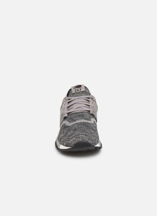 Baskets New Balance MRL247 D SMU Gris vue portées chaussures