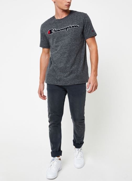 Kleding Champion Crewneck t-shirt Grijs onder