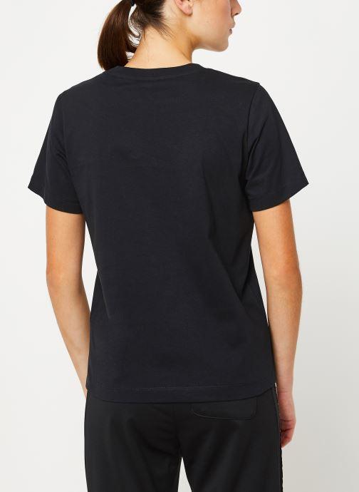 Vêtements Champion Crewneck t-shirt W Noir vue portées chaussures