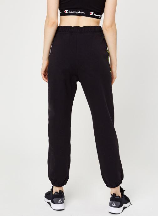 Vêtements Champion Elastic cuff pants Noir vue portées chaussures