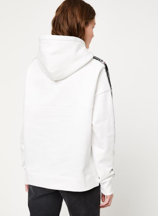 Vêtements Champion Hooded sweatshirt Blanc vue portées chaussures