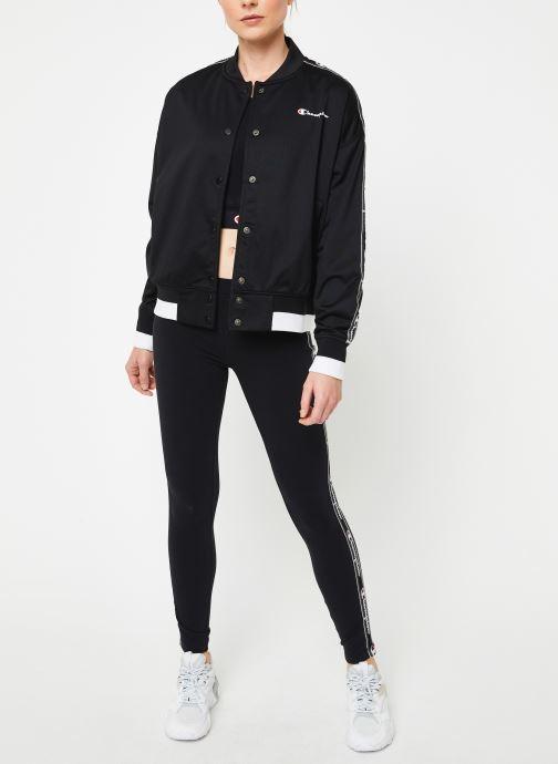 Vêtements Champion Bomber jacket Noir vue bas / vue portée sac