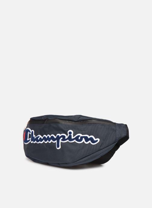 Petite Maroquinerie Champion Belt bag M Bleu vue portées chaussures