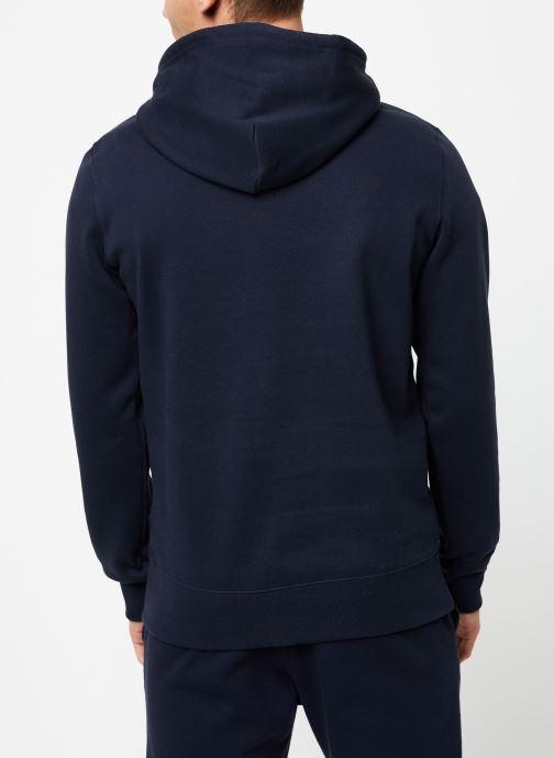 Vêtements Champion Champion Large Script Logo Hooded Sweatshirt Bleu vue portées chaussures