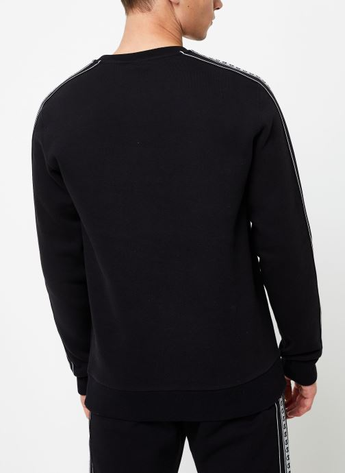 Vêtements Champion Crewneck sweatshirt small logo Noir vue portées chaussures