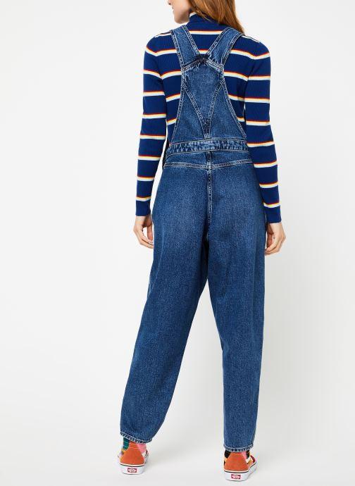 Vêtements Wrangler 80S Dungaree Bleu vue portées chaussures