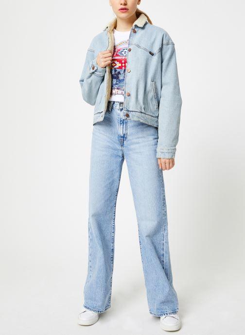 Vêtements Wrangler Round T Blanc vue bas / vue portée sac