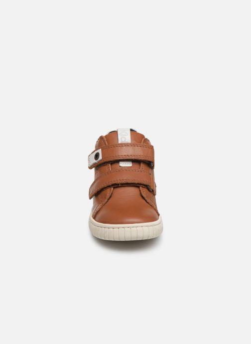 Baskets Kickers Wip Marron vue portées chaussures