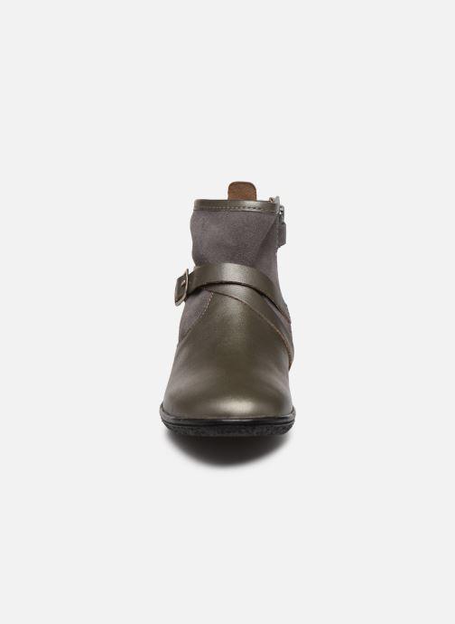 Bottines et boots Kickers Viktor Argent vue portées chaussures