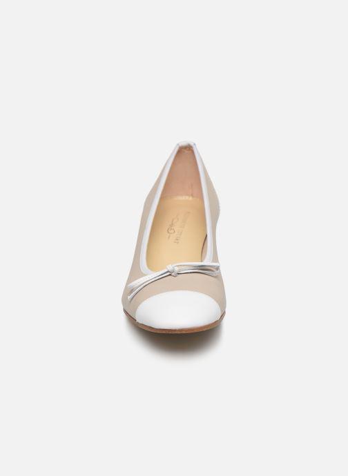 Escarpins Elizabeth Stuart Dico 304-2 Beige vue portées chaussures