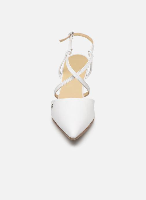 Sandales et nu-pieds Elizabeth Stuart Lyco 304 Blanc vue portées chaussures