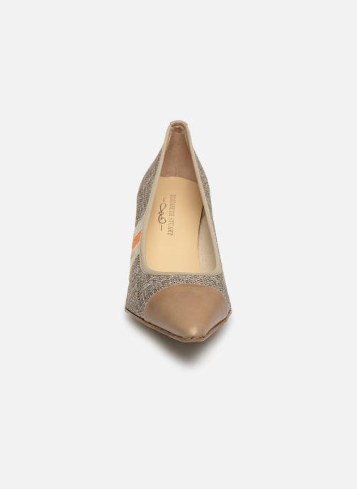 Zapatos de tacón Elizabeth Stuart Recife 200 Beige vista del modelo
