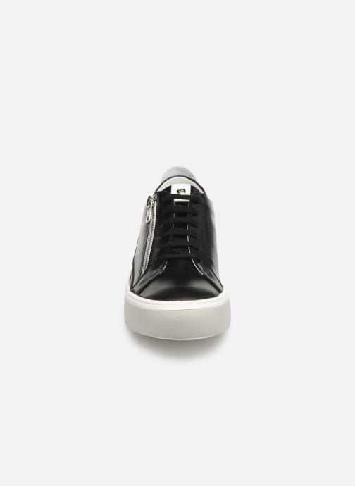 Baskets Elizabeth Stuart Sheila 304-2 Noir vue portées chaussures