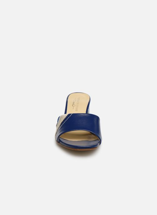 Mules et sabots Elizabeth Stuart Suad 304 Bleu vue portées chaussures