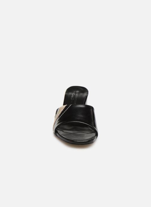 Mules et sabots Elizabeth Stuart Suad 304 Noir vue portées chaussures