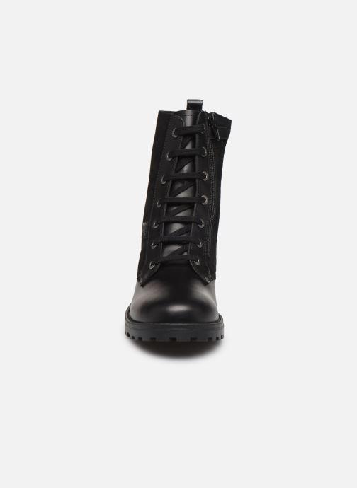 Bottines et boots Kickers Growupp Noir vue portées chaussures