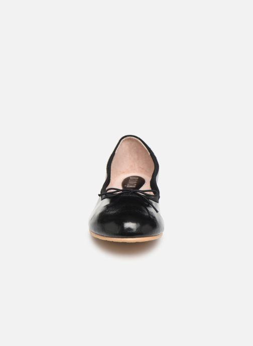 Ballerines Bloch Cha Cha Noir vue portées chaussures
