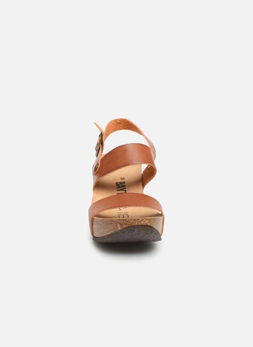 Sandales et nu-pieds Bayton Selene Marron vue portées chaussures