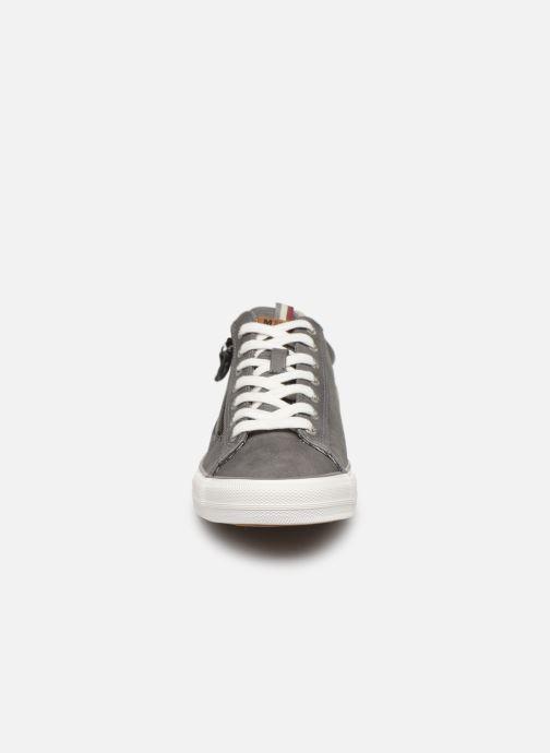 Baskets Mustang shoes 4127302 Gris vue portées chaussures