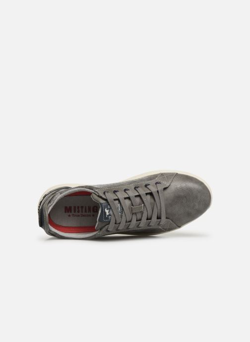 Trainers Mustang shoes 4136304 Grey view from the left