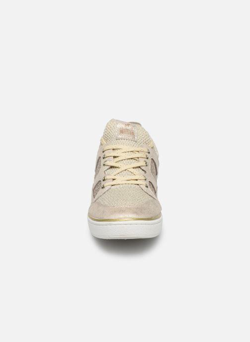 Baskets Mustang shoes 5053304 Or et bronze vue portées chaussures