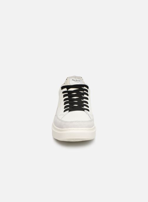 Trainers Pepe jeans Abbey Bass C White model view