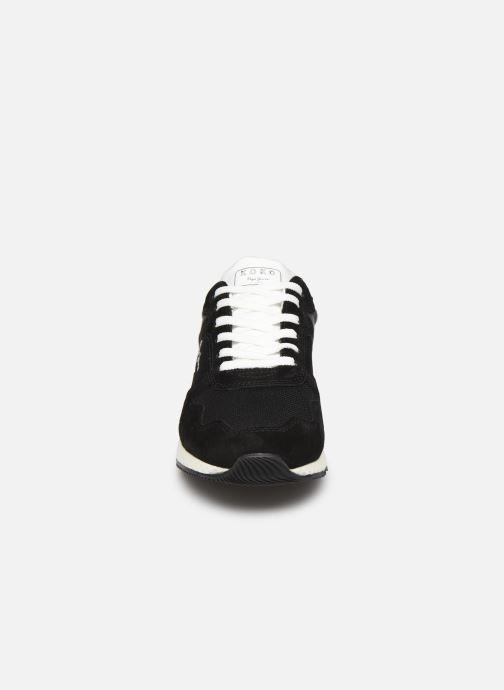 Sneakers Pepe jeans Koko Sky C Nero modello indossato